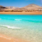 Få 150 kilometer sandstrand når du rejser til Fuerteventura